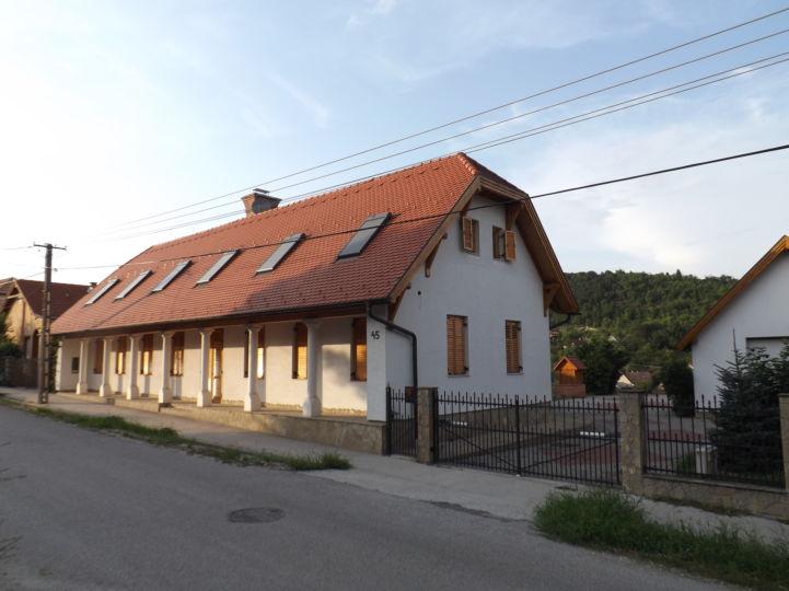 Pavalacs-ház