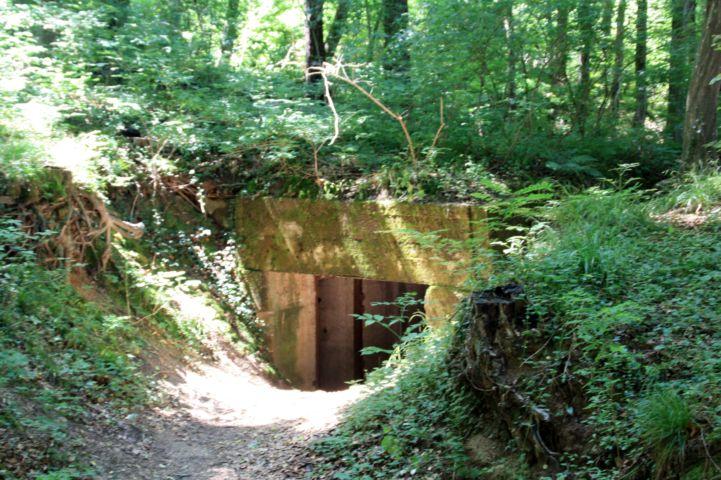 bunker bejárata