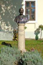 Gróf Klebelsberg Kunó-szobor