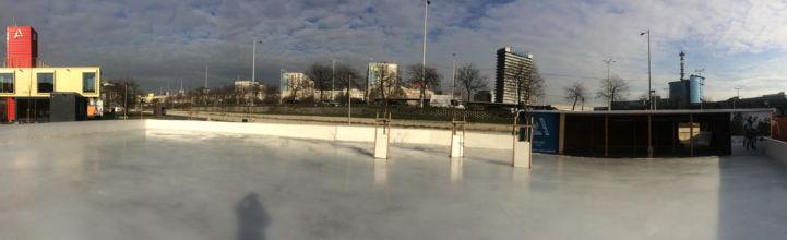 panorámakép az Agora jégpályáról