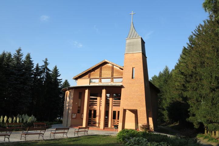 Isteni Irgalmasság-templom (Új templom)