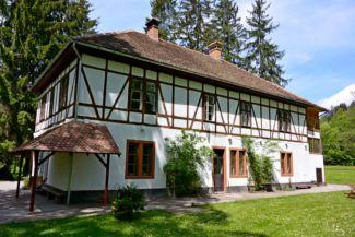 Mikes-kastély, vendégház