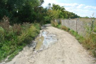 esőzés után helyenként kicsit sáros lehet az utunk