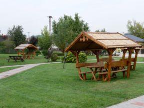 pihenőhely a parkban