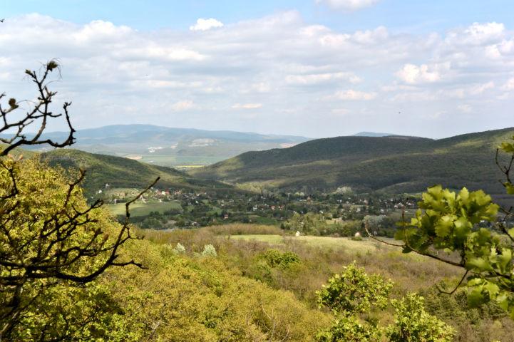 kilátás a Vaskapu-hegy északi oldalából