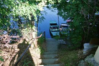 lejáró a csónakokhoz a Kavicsos-tónál