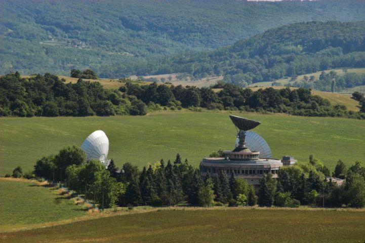 Földi Űrtávközlési Állomás