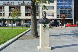 Batthyány Fülöp-szobor