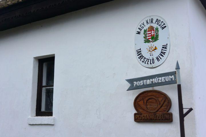 Postamúzeum táblája