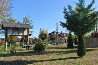 a Bagolyvár Étterem és Vendégház kalandparkja
