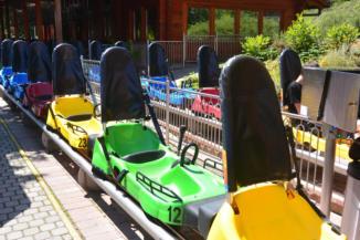 ragyogó színű bobok várnak a BalatoniBob Szabadidőparkban