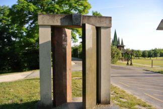Páneurópai Piknik emlékhely egyik emlékműve