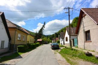 dömösi utcakép