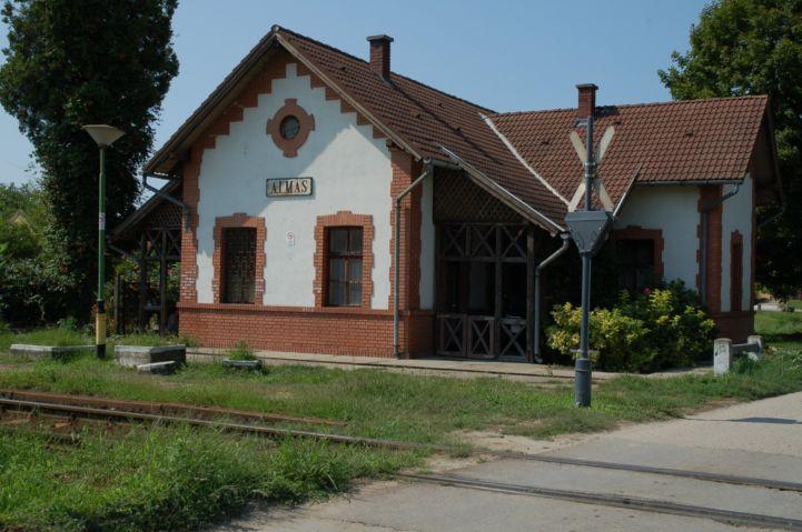 Bácsalmás, Almás vasúti megállóhely