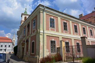 piarista rendház