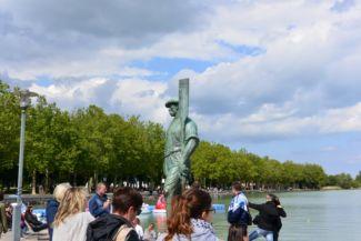 Révész-szobor