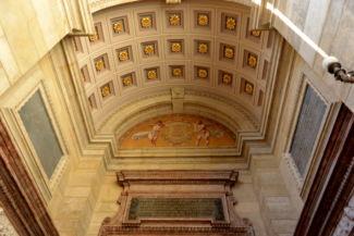 mennyezet a Bazilika bejáratánál