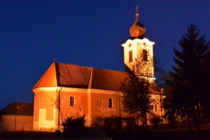 Szent Anna templom éjjel