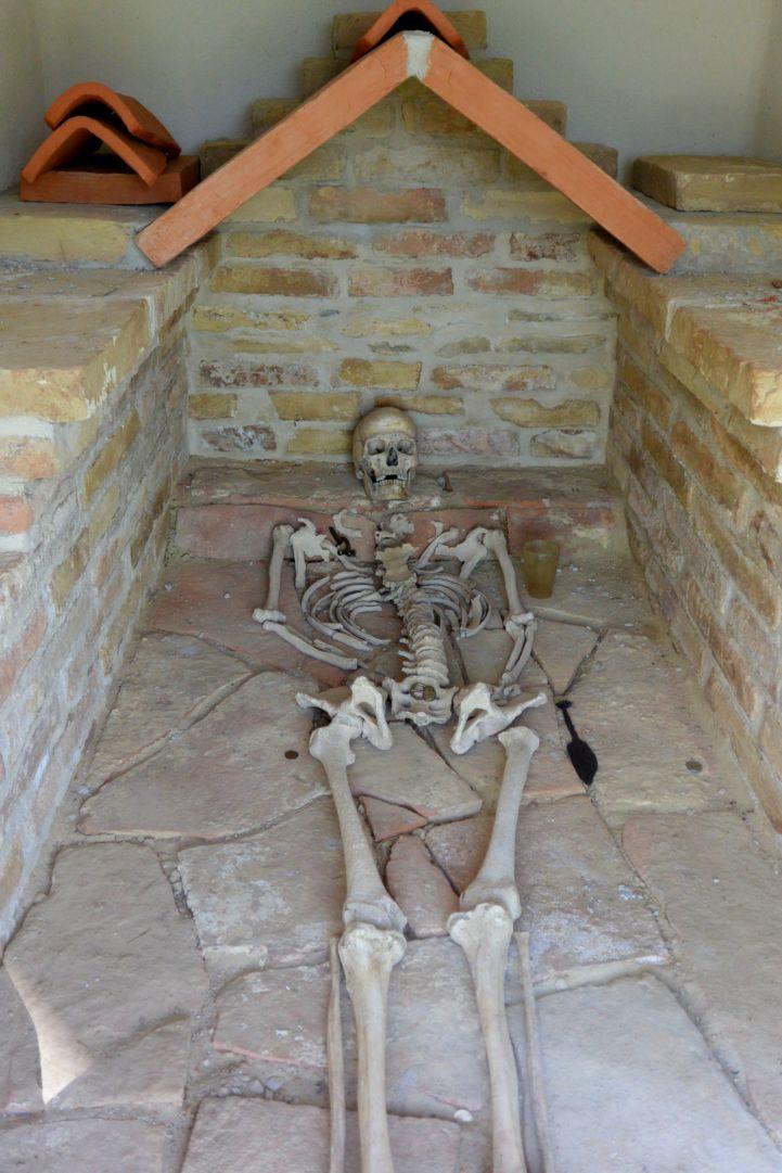 római katona sírja
