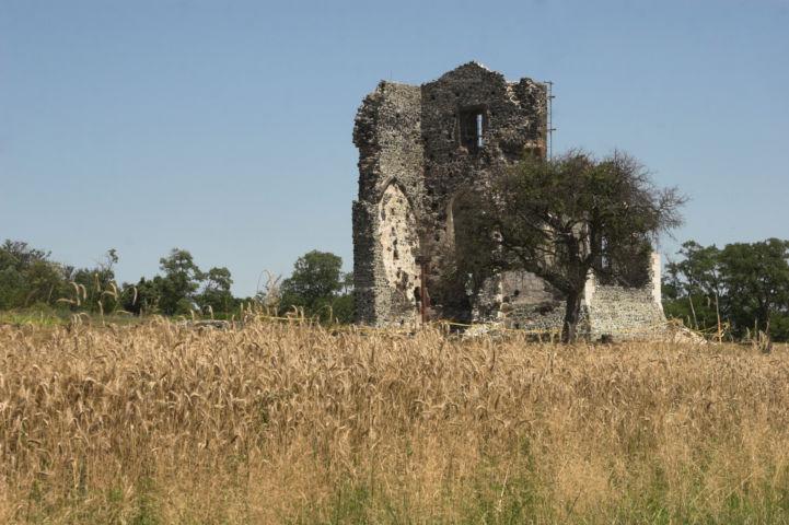 Szent András-templom romjai