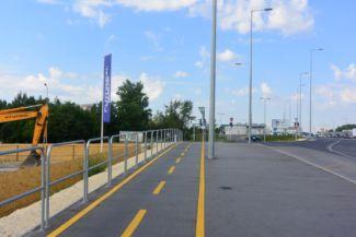 bicikliút a Budaörsi út mellett