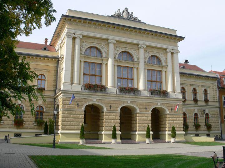 egykori Megyeháza épülete