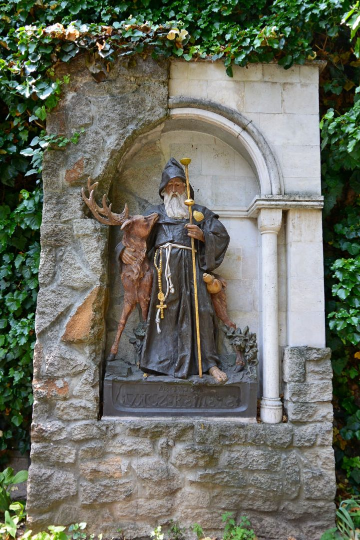 Statue of Blessed Vácz Hermit