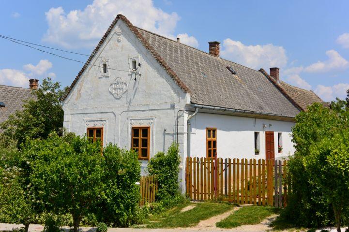 1883-ban épült ház