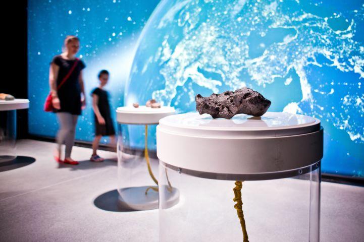 az állandó kiállítás része a meteorit gyűjtemény