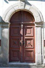 Szűz Mária neve-templom bejárata