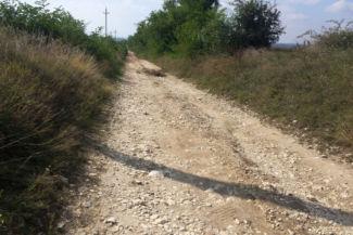 rázósabb útszakasz Gyúró felé közeledve