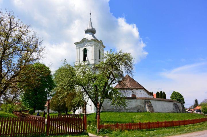 Pávai református templom