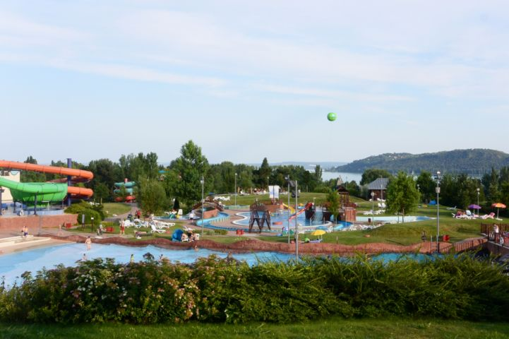 Annagora Aquapark with the Tihany Peninsula in the back