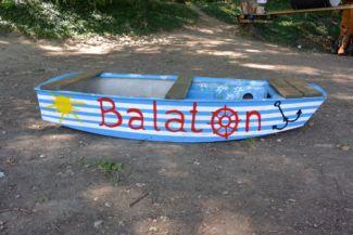 balatoni csónak a Kalandsziget Tihanyban