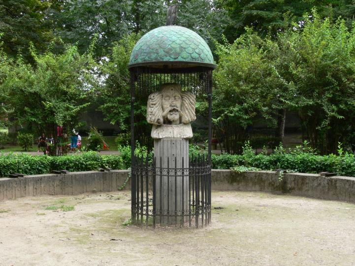 Hunyadi János-szobor
