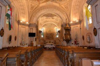 Szent Kereszt felmagasztalása-templom belseje