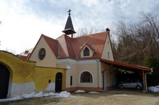 Nyolc Boldogság Közösség kolostora Homokkomáromban