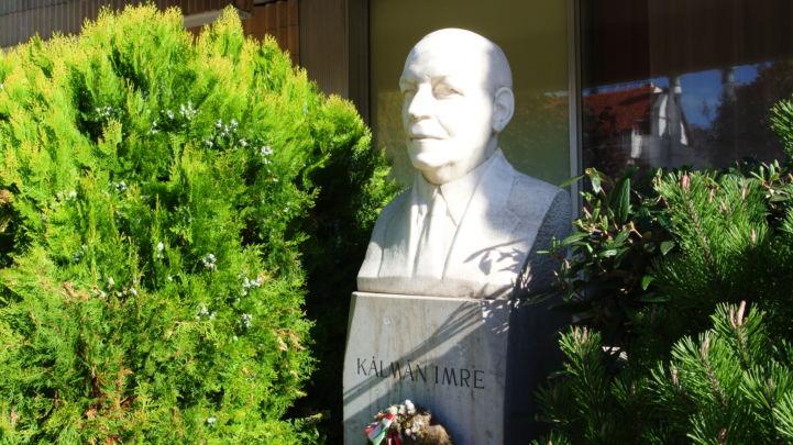Kálmán Imre-szobor