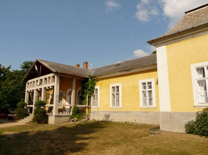 Szapáry – Manndorff – Wickenburg – Nemeskéri Kiss-kúria