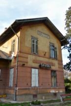 a sávolyi vasútállomás