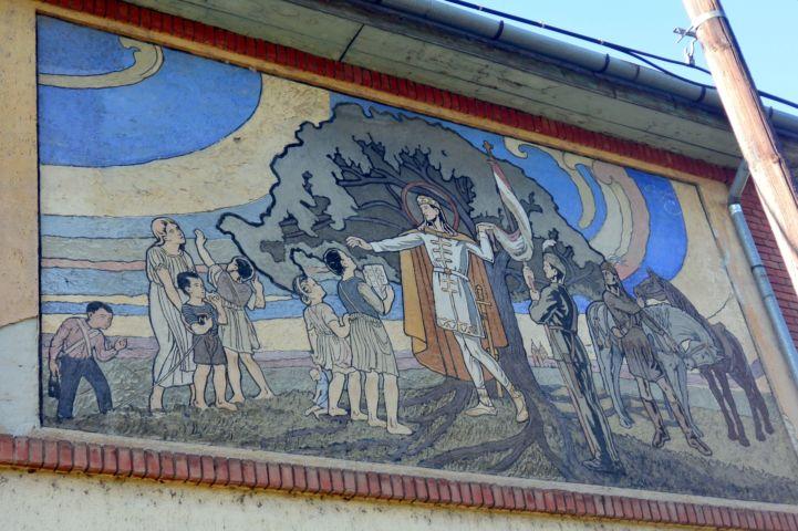 freskó az iskola falán