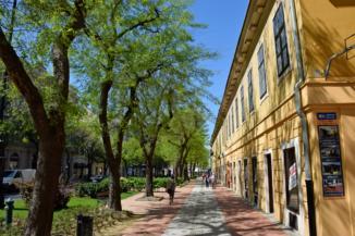Nagykanizsai utcakép a Thury György Múzeum környékén