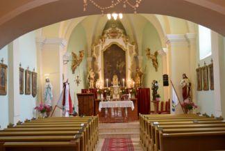 Páduai Szent Antal-templom oltára