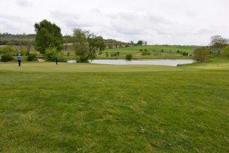 Máriavölgy Pannónia Golf és country club, egy tó a pályában