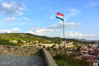 zászló a Szent Tamás-hegyen