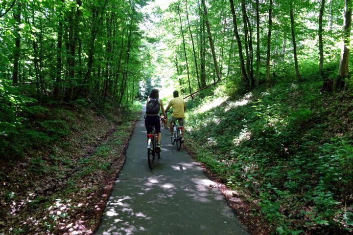 Lenti és Lendvadedes közötti erdei kerékpárút
