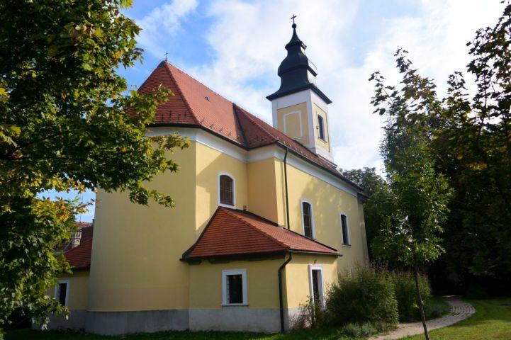 Gyümölcsoltó Boldogasszony templom
