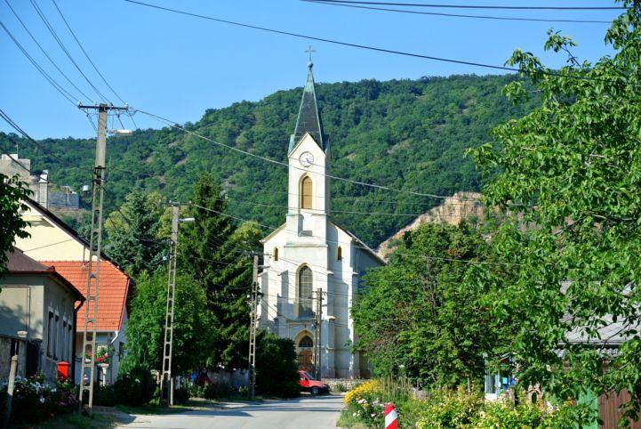Szent Donát római katolikus templom
