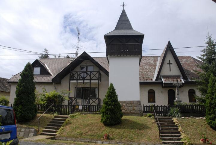 Szent Erzsébet-templom és harangláb