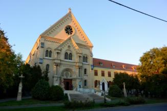 a keszthelyi Kis Szent Teréz-bazilika